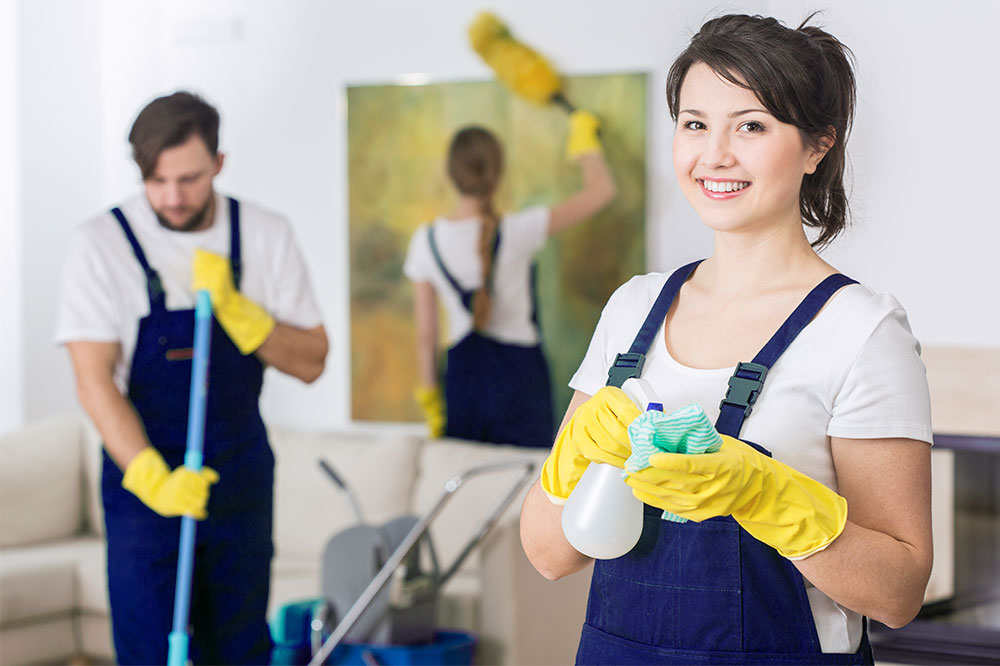 Personale per pulizie civili ed industriali
